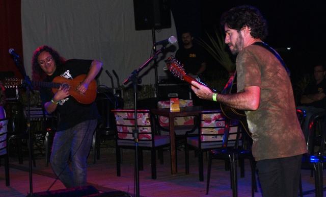 Vignini e Zé Helder durante a apresentação no SESC Osasco