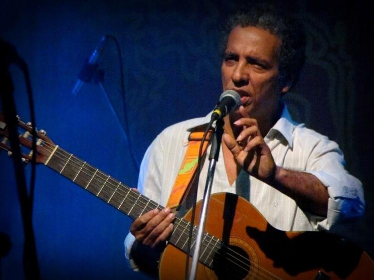 Luís Perequê, ativista cultural, cantor e compositor, de Paraty (RJ)