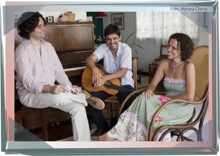 Daniel, João Paulo e Andrea estão juntos e formam o Conversa Ribeira desde 2002