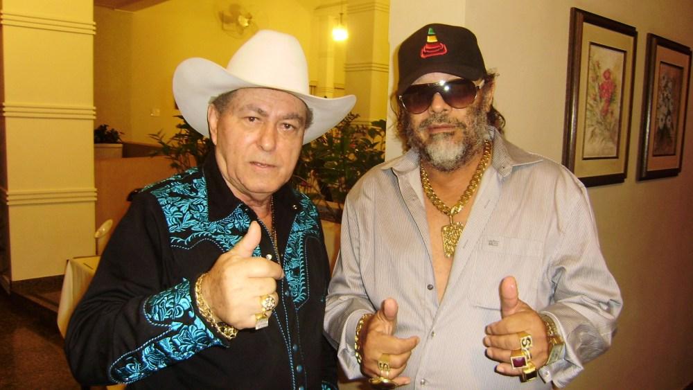 José Rico fez em Osasco (SP) sua última apresentação com Milionário e de acordo com fãs demonstrava não estar se sentindo bem (1/3)